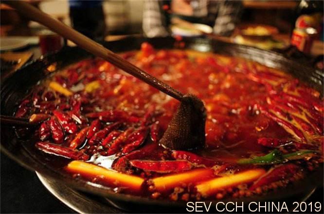 成都火锅店数量超越川菜馆,人均消费52元